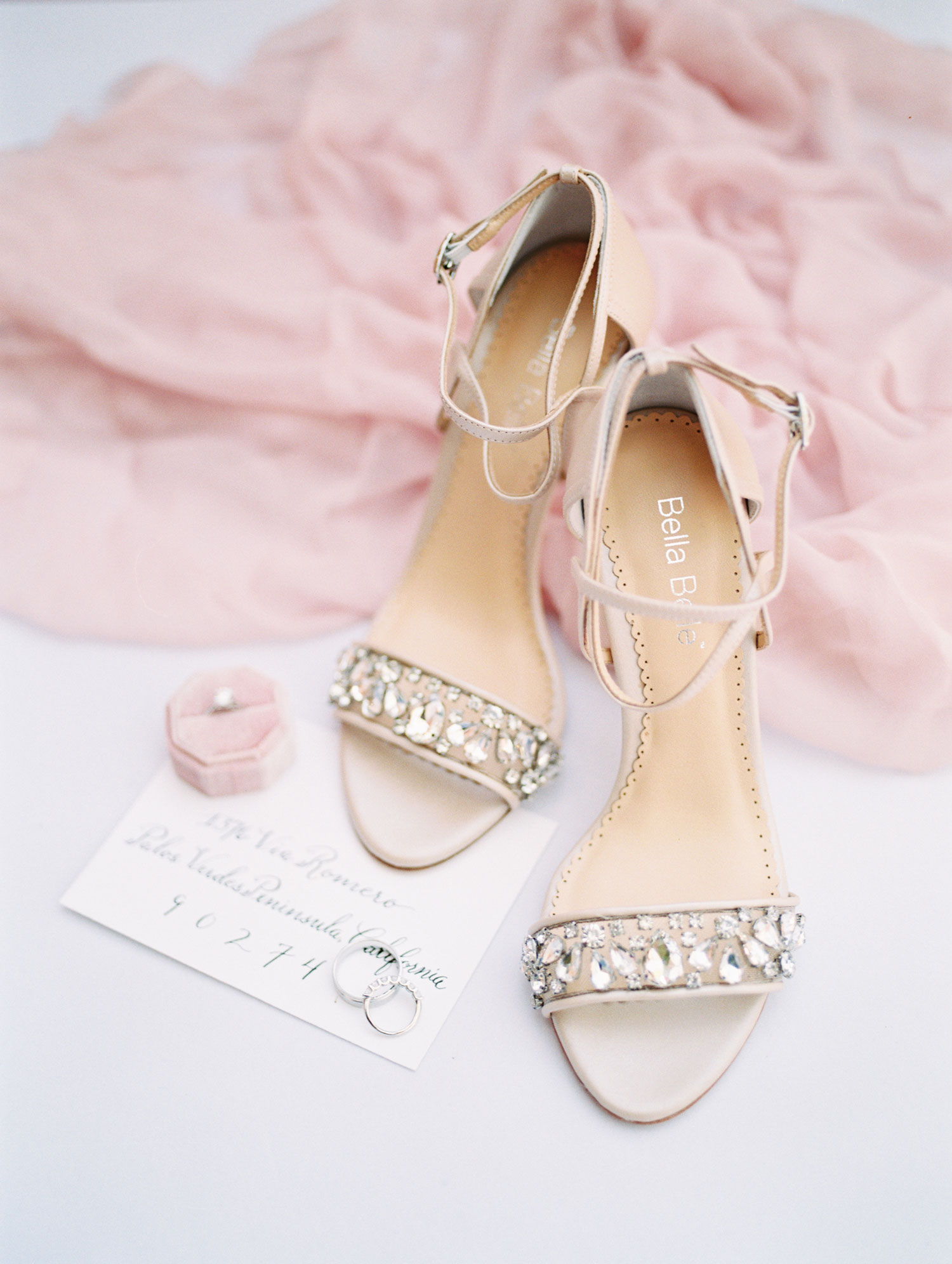 wedding shoes thema bruiloft pink pampas